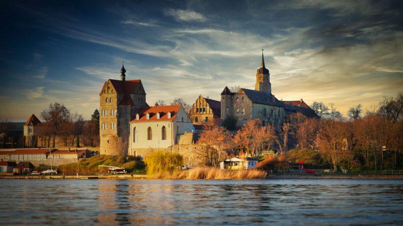 Süßer See mit Schloss Seeburg